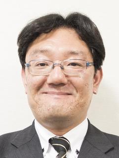 堺さん顔写真.jpg